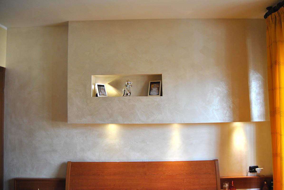 Decorazioni interni milano e provincia decorazioni - Camera da letto con parete in cartongesso ...