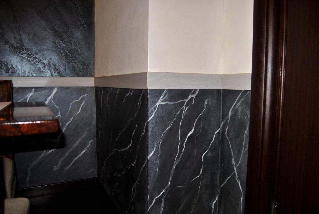 zoccolatura marmo nero