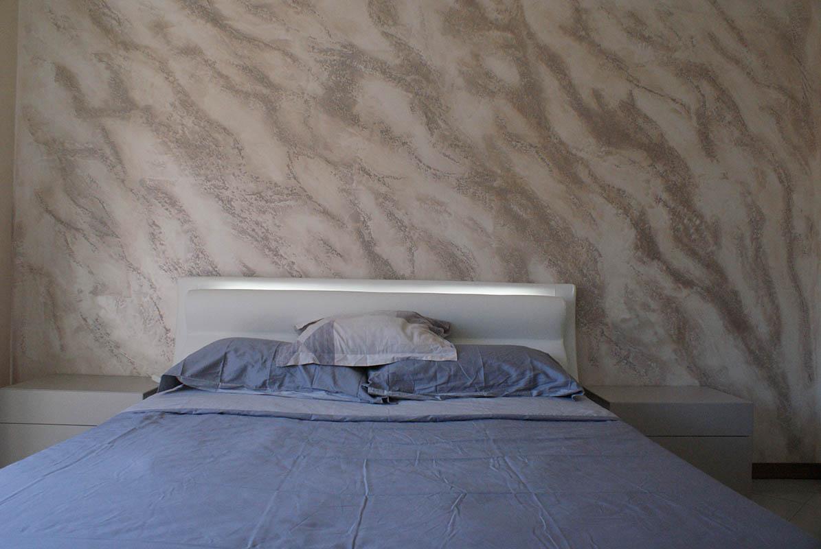 Pietra spaccata pietra spaccata colorata pietra zen istintoedildecorazioni - Idee cartongesso camera da letto ...